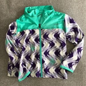 Patagonia girls zip up jacket. Size 3T. NWT.